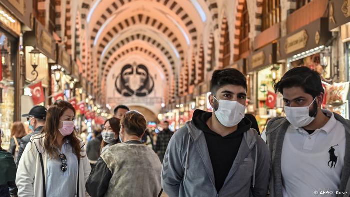 Türkiye'de koronavirüsten 96 kişi daha hayatını kaybetti