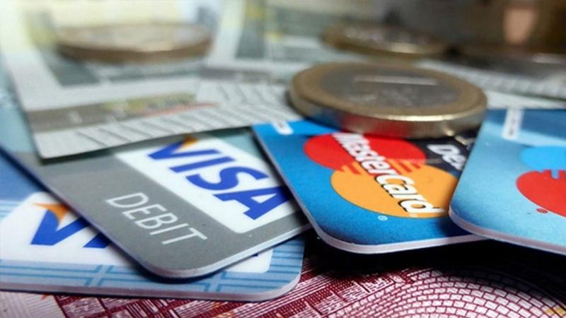 Türkiye'de kredi kartı sayısı 71 milyonu geçti