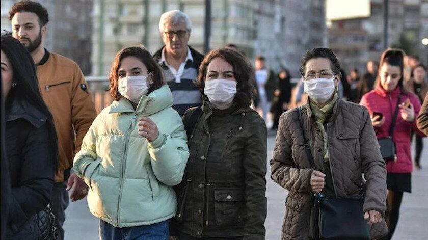Türkiye'de son 24 saatte 49 bin 584 koronavirüs vakası tespit edildi