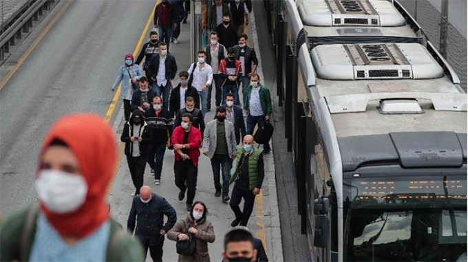 Türkiye'de son 24 saatte koronavirüsten 169 kişi daha hayatını kaybetti
