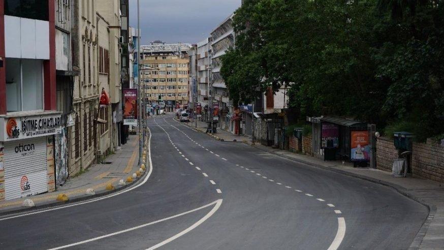 Türkiye genelinde 56 saat sürecek sokağa çıkma yasağı başladı