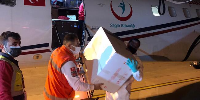 Türkiye KKTC'ye 40 bin doz Sinovac aşısı daha gönderdi