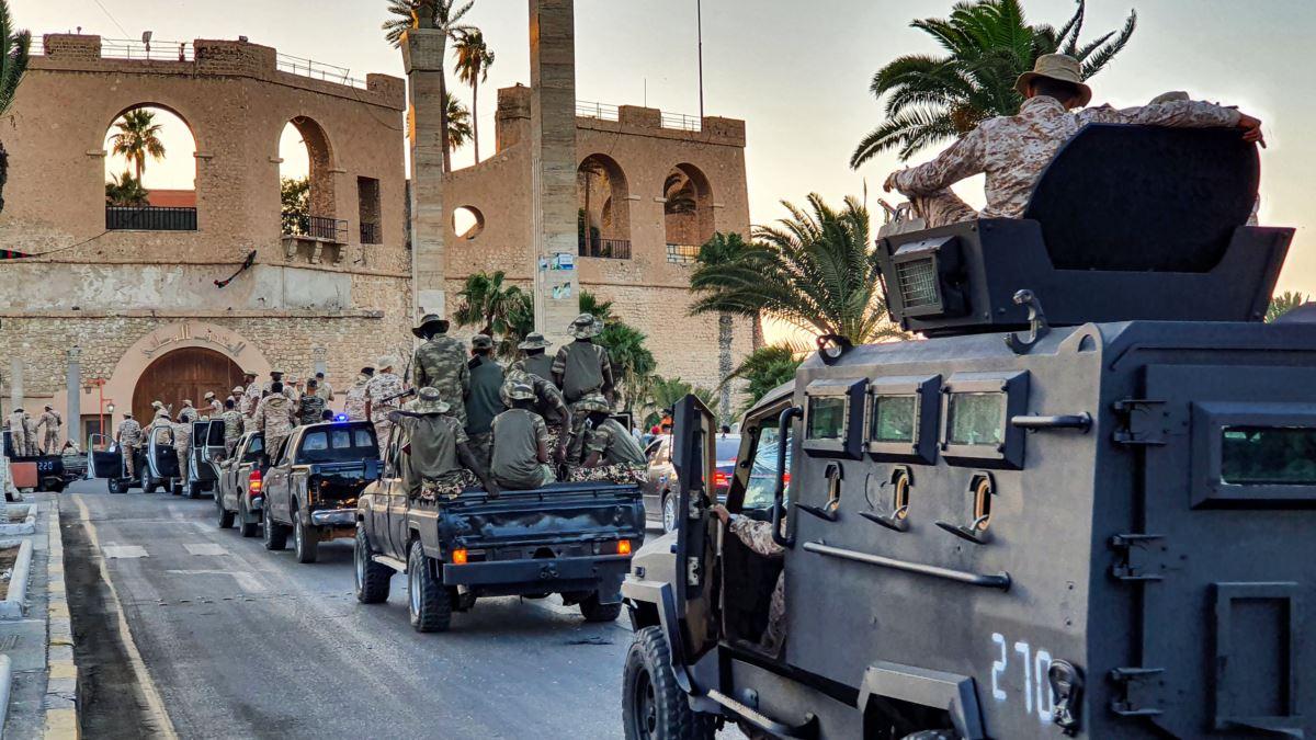 Türkiye'nin desteklediği Sarrac Hükümeti Sirte'ye ilerliyor