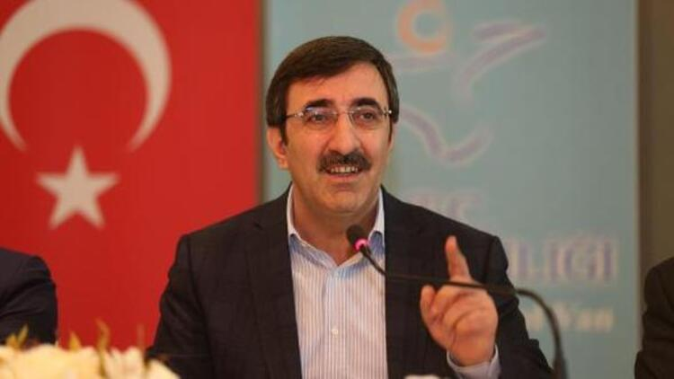 Yeni Plan ve Bütçe Komisyonu Başkanı, AK Parti Genel Başkan Yardımcısı Cevdet Yılmaz oldu