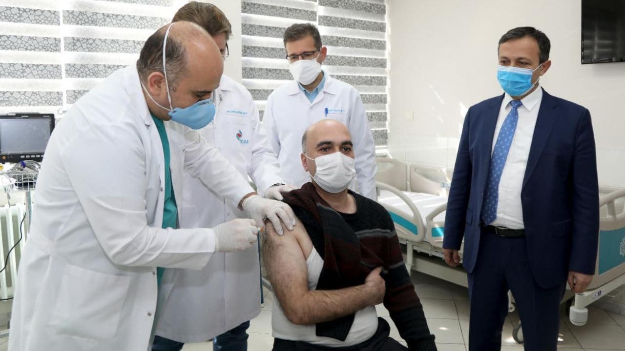 Yerli koronavirüs aşısında Faz-2'nin ikinci doz uygulamasına başlandı