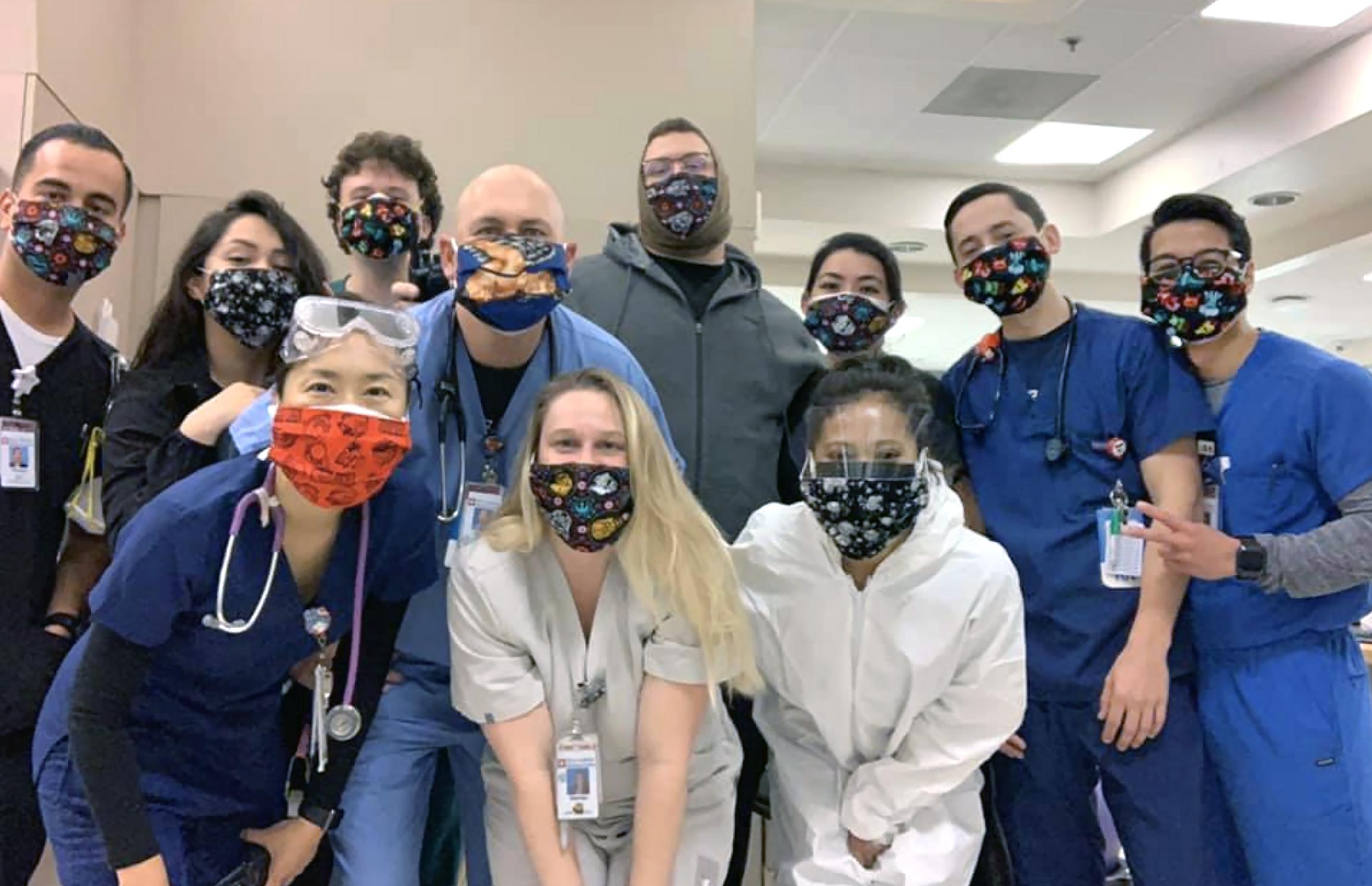 Yıl sonuna kadar maske takacağız