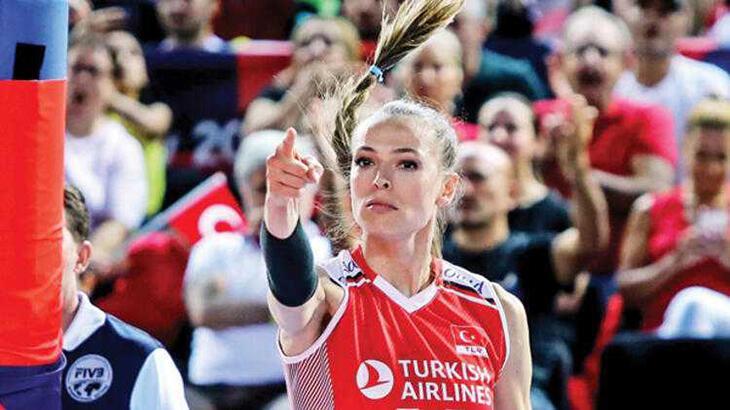 Yılın sporcusu seçilen Voleybolcu Eda Erdem Dündar'dan Atatürkçülük mesajı