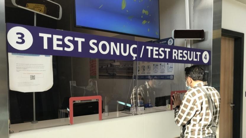 Yurtdışından gelenlere 'test şartı' uygulaması başladı